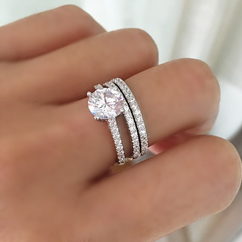 classic-solitaire-engagement-ring