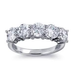 desert diamonds ring traditional five stone