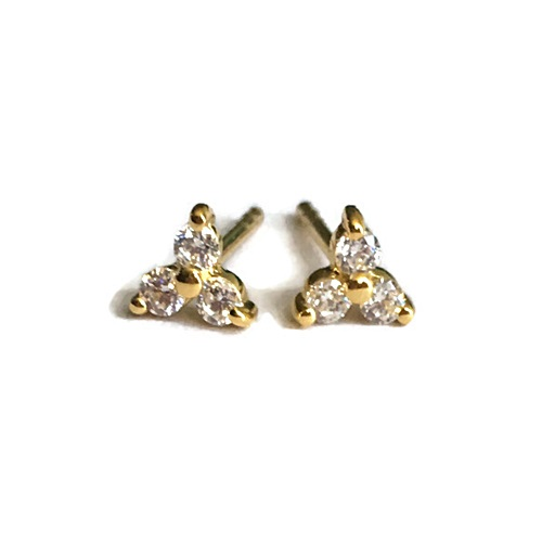 Earring with 3-diamond simulants in stud. sterling silver with yellow gold plating.